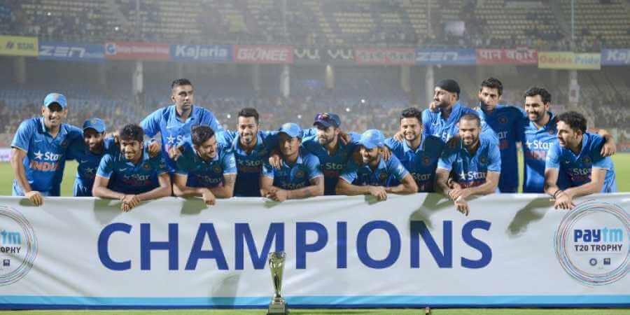 Indian national cricket team holding Paytm sponsor